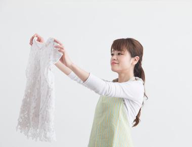 Comment enlever les traces de transpiration sur les vêtements